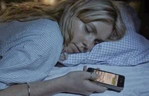 dormir con el celular