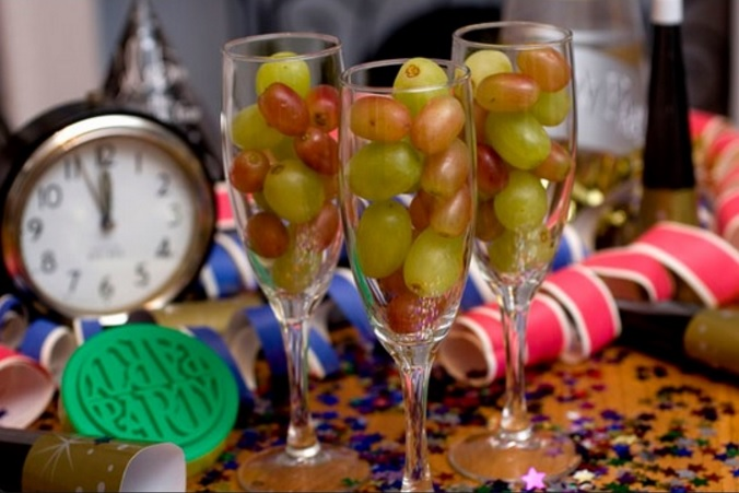 Resultado de imagen para 12 uvas