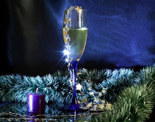 Año Nuevo Frases Para Despedir El 2018 Y Recibir El 2019 Regiandocom