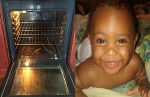 meten a bebé a horno